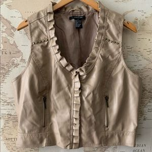 Paper Tee zip ruffle leather style vest